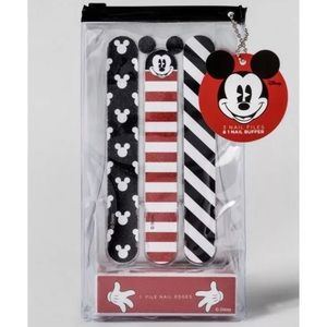 Brand new Disney nail file/buffer set!!